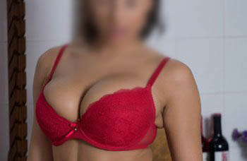 escorts service in colaba